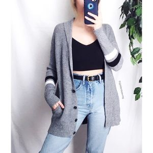 🍂 AEO Cozy Varsity Striped Knit Cardigan 🍂